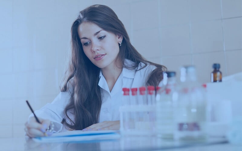 Descubra quais são os 19 equipamentos mais utilizados em laboratórios de análises clínicas